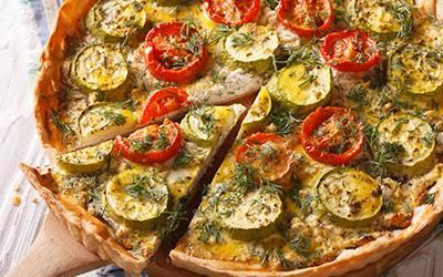 Tarta de zucchini y tomate