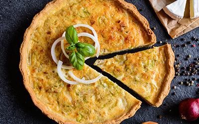 Tarta de cebollas y queso
